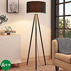 Lámpara de pie 'Majken' (Escandinavo) en Negro hecho de Madera e.o. para Salón & Comedor (1 llama, E27, A++) de LAMPENWELT | lámpara de pie de madera