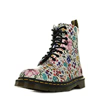 The Pascal Wanderlust 8-Eyelet from Dr. Martens is not only a utilitarian boot - it's a show-stopping statement piece. These combat boots are crafted from firm Backhand leather upper with archive Wanderlust floral print and feature an 8-eyele...