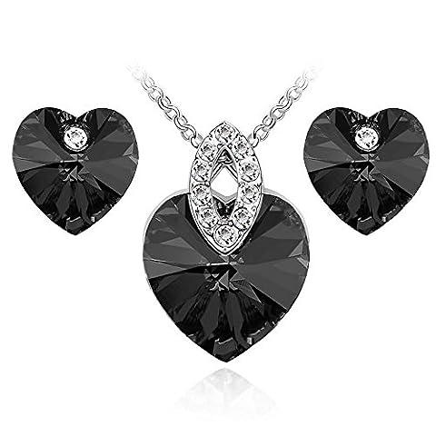 Black Hearts Crystal Jewellery Set Stud Earrings & Pendant Necklace S873