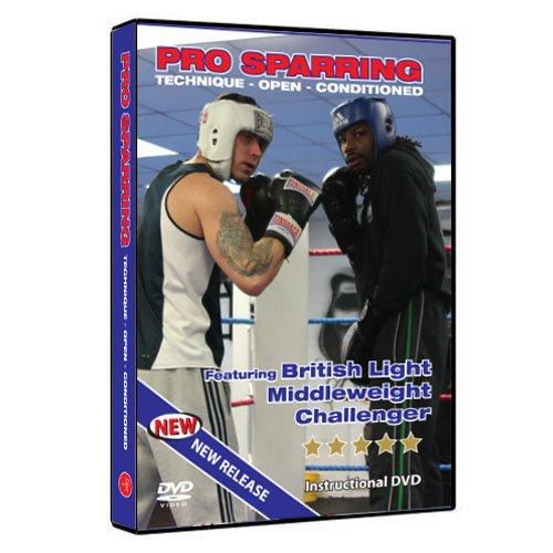 Boxen (Wie man das Pro Sparring meistert.) In diesen Trainingsübungen sehen Sie einen Meister des Boxtrainings. Er demonstriert sowohl fortgeschrittenen als auch Boxprofis die richtige Sparring-Technik – Offenes – Konditioniertes Sparring. (DVD) Präsentiert einen ehemaligen britischen Mittelgewichts-Herausforderer.