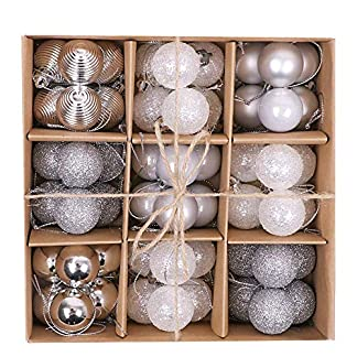 Victor's Workshop White and Silver Christmas Baubles Ornaments Set