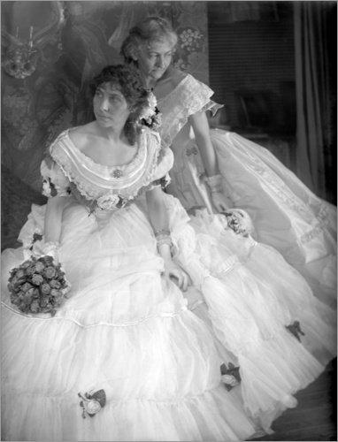 Forex-Platte 30 x 40 cm: Gerson Schwestern in Kostümen für den Krinoline Ball von Gertrude Käsebier / akg-images (Kostüme Krinoline)