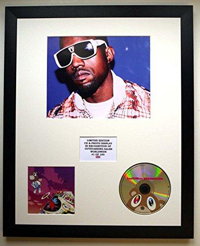 KANYE WEST/Darstellung mit Foto und CD   Limited Edition des Albums GRADUATION (West-graduation Kanye Album)