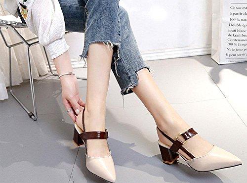 fibbia della cintura delle donne ha sottolineato sandali spessi decorate con i modelli estivi Sandali con tacco nuova signora beige