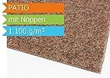 Premium Rasenteppich Kunstrasen Patio mit Noppen - Farbe Beige | Vliesrasen mit Drainage | Gesamthöhe ca. 7,5mm | Gewicht 1100g/m² | Pflegeleichte Strapazierfähig | Kunstrasenteppich - 1,33m x 1,00m