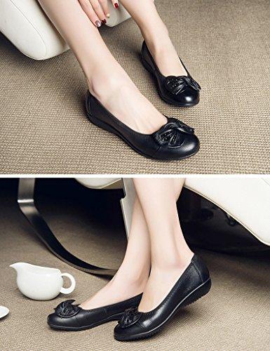 HWF Chaussures femme Chaussures d'été d'âge moyen plat femmes d'âge moyen chaussures en cuir femelles âgées ( Couleur : Noir , taille : 36 ) Noir