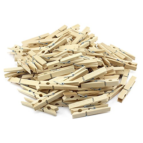 3. Pinzas para colgar la ropa de madera