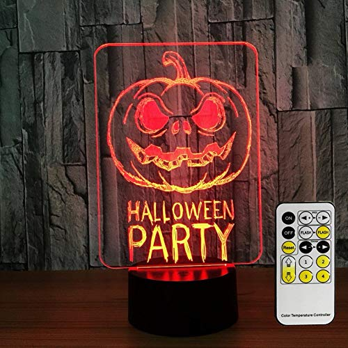 I bambini della festa della zucca di Halloween decorano la luce notturna, la luce notturna del bambino a distanza accanto alla luce, le luci dei bambini hanno un cambiamento di colo