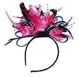 Bezaubernder Kopfschmuck mit marineblauen, royalblauen und pinkfarbenen Federn besetzt, als Braut- und Hochzeitsmode und für die Royal-Ascot-Race-Ladies