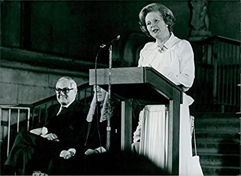 Vintage Photo de James Callaghan est à lécoute de Madame Margaret Thatcher de Discours.