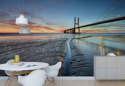 Vlies Fototapete Fotomural - Wandbild - Tapete - Vasco Da Gama-Brücke Lissabon Horizont - Thema Architektur - MUSTER - 104cm x 70.5cm (BxH) - 1 Teilig - Gedrückt auf 130gsm Vlies - 1X-1210674VEM