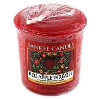 Fantastico regalo di Natale scatola con 6x Natale candele Yankee Candle.Tutti rifinito con un nastro di raso oro, è un grande regalo per qualcuno che ama loro candele profumate.(non include bianco Natale)