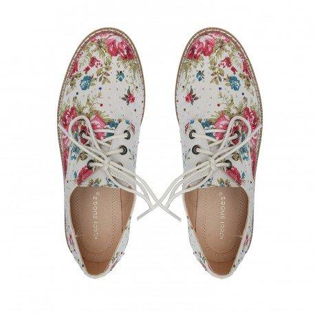 Ideal Shoes - Derbies imprimé fleuris avec semelle en gomme et strass Candice Noir