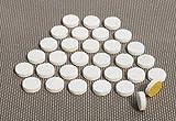 Adsamm 32 x Filzgleiter | Ø 18 mm | Weiß | Rund | Selbstklebende Möbelgleiter in Premium-Qualität (5.5 mm)