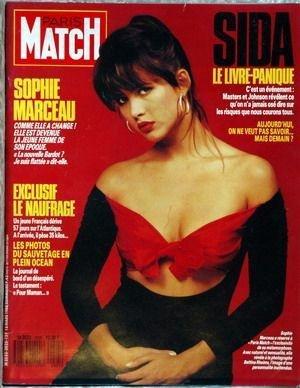 Panique En Atlantique - PARIS MATCH N° 2025 du 18-03-1988 SIDA