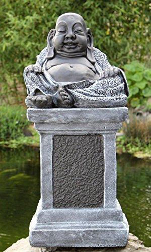 Bambus-kutte (Buddha Figur auf Säule - Schiefergrau, Deko Statue frostsicher und wetterbeständig für Haus und Garten, handgefertigt in Deutschland)