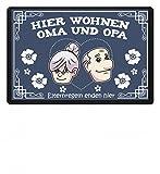 SwayShirt Hochwertige Fußmatte - Hier wohnen Oma und Opa, Eltern Regeln enden hier Großeltern Geschenk Schutzmatte, 40x60 cm