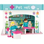 Small Foot 10854 Wooden Animal Hospital Playset