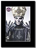 Ghost - Papa Emeritus 2015 ...Magazin Promo auf einem schwarzen Berg