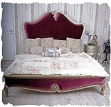 Schönes Bett/Ehebett/Doppelbett/Schlafzimmerbett/Maxibett mit lieblichem und extravaganten Schnitzereien aus Holz und zudem im angesagten französischen Landhaus-Stil - Palazzo Exclusive
