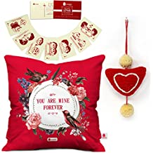 Indigifts Valentines Day Gift Sweet Kisses Quote Floral Wreath Red Cushion Cover 12x12 with Filler, 8 Love Postcards and 1 Heart Hanging - Gift for Boyfriend-Girlfriend-Wife-Husband-Birthday, Marriage