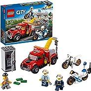 LEGO City 60137 - Abschleppwagen auf Abwegen, Bausteinspielzeug