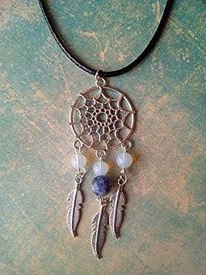 Collier, pendentif attrape-rêve avec pierre de lune, sodalite et plumes argent tibétain