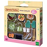 Epoch D'enfance Kitchen Cooking Set Sylvanian Families Mini muñecas y...