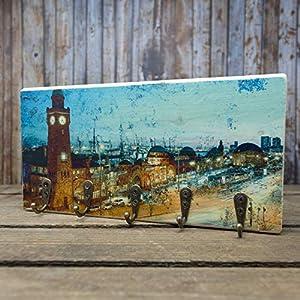elbPLANKE mit Haken – St- Pauli Landungsbrücken | 12×24 cm | Schlüsselbrett von Fotoart-Hamburg | mit 5 Antike Haken aus Holz (Kiefer/Fichte) – 100% Handmade