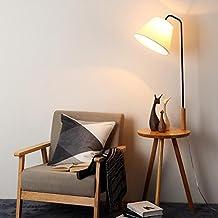 A Lámpara de pie minimalista moderna lámpara de mesita de noche de estilo europeo