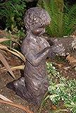 garçon avec grenouille Grande décoration de jardin