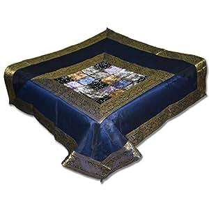 Brocart de soie chiffon et table à manger carré en velours Dessus