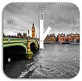 Skyline von London mit Themse und Big Ben schwarz/weiß, Wanduhr Quadratisch Durchmesser 28cm mit weißen eckigen Zeigern und Ziffernblatt, Dekoartikel, Designuhr, Aluverbund sehr schön für Wohnzimmer, Kinderzimmer, Arbeitszimmer