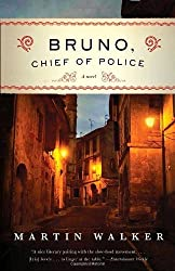 Bruno, Chief of Police: A Novel of the French Countryside by Martin Walker (2010-04-06)