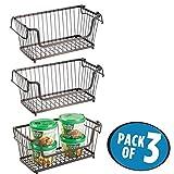 mDesign 3er-Set offener Metallkorb mit Tragegriffen – stapelbarer Aufbewahrungskorb aus Metall – praktischer Drahtkorb für Lebensmittel und Küchenartikel – bronzefarben