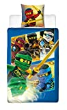 BERONAGE Lego Ninjago Kinder-Bettwäsche Ready Go - 135x200 cm + 80x80 cm - 100% Baumwolle Linon - Cole - Jay - Kai - Lloyd - Zane - NYA - Misako - Sensai Wu - Renforcé - deutsche Größe - Wende-Motiv