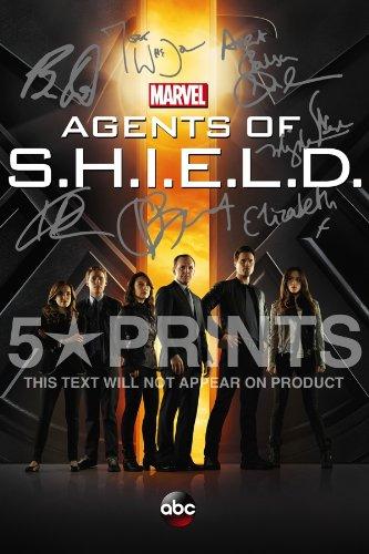 agents-of-shield-shield-poster-photo-signed-pp-joss-whedon-gregg-bennet-henstridge-dalton-wang-de-ca
