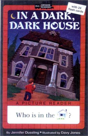 In a Dark, Dark House: A Picture Reader/With 24 Flash Cards (All Aboard Reading: A Picture Reader)