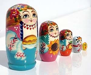 Matriochka en bois poupée gigogne russe empilement dans la poupée, le style de la famille, sculpté et peint la main, 5pc / 10cm