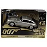 Richmond Toys 243 62012 - James Bond 007 Casino Royale maqueta de Aston Martin DB5 con luz y sonido (15 cm) - James Bond 50th Anniversary Aston Martin DB5