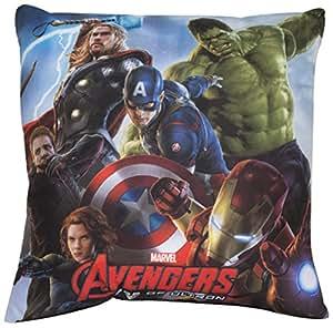 Vamos - 002232 - Coussin Polyester Avengers Avec Les Personnages Captain America/hulk/iron Man/thor/veuve Noire/wolverine - 40 X 40 Cm