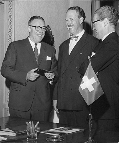 vintage-photo-of-rh-furrer-olof-redin-and-measured-schmidt-at-the-meeting-with-international-paper-d