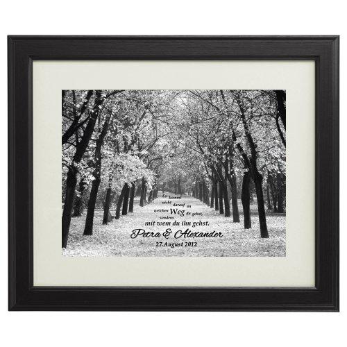 Gemeinsamer Weg - Personalisiert mit Namen und Datum - Druck im Bilderrahmen - Geschenke zur Hochzeit für Paare - Geschenk-Idee für Freund oder Freundin - groß: 45 x 55 cm