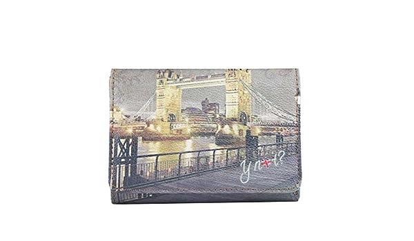 5ecf4d35ce Portafoglio Y Not I 346 Stampa Londra GBD: Amazon.it: Abbigliamento