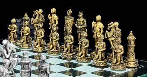 Ritter-Schachspiel-auf-Burgturm-Schachfiguren-Mittelalter-Schach