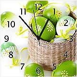 Wallario Glas-Uhr Echtglas Wanduhr Motivuhr • in Premium-Qualität • Größe: 30x30cm • Motiv: Ostergruß - Bunte bemalte Ostereier in Einem kleinen Körbchen