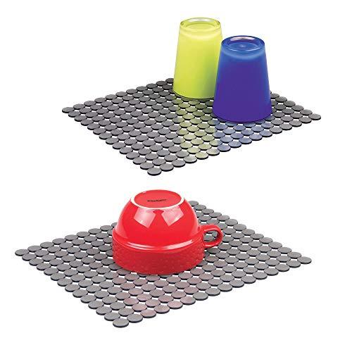 mDesign 2er-Set Spülbeckeneinlage – anpassbare Abtropfmatte für Geschirr und Gläser – große Spüleinlage aus Kunststoff und offenem Design für guten Wasserablauf – grau