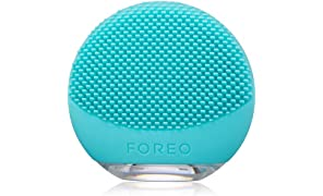 FOREO LUNA go Portable and Personalized Facial Cleansing Brush with Anti-Aging for Oily Skin, USB Rechargeable and Waterproof