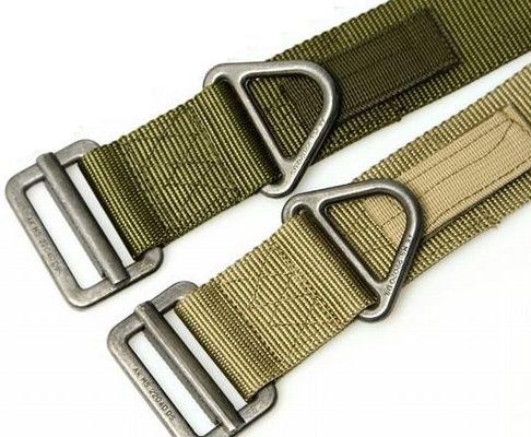 3 millimetri di spessore verdi statunitensi militari delle forze speciali di usura tipo Sabage robusta cintura taglia L e due serie Khaki Tactical Belt (japan import)