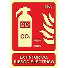 Normaluz RD00105 - Señal Luminiscente Extintor Co2 Riesgo Electrico Clase B PVC 0,7mm 21x30cm con CTE, RIPCI y Apto para la Nueva Legislación